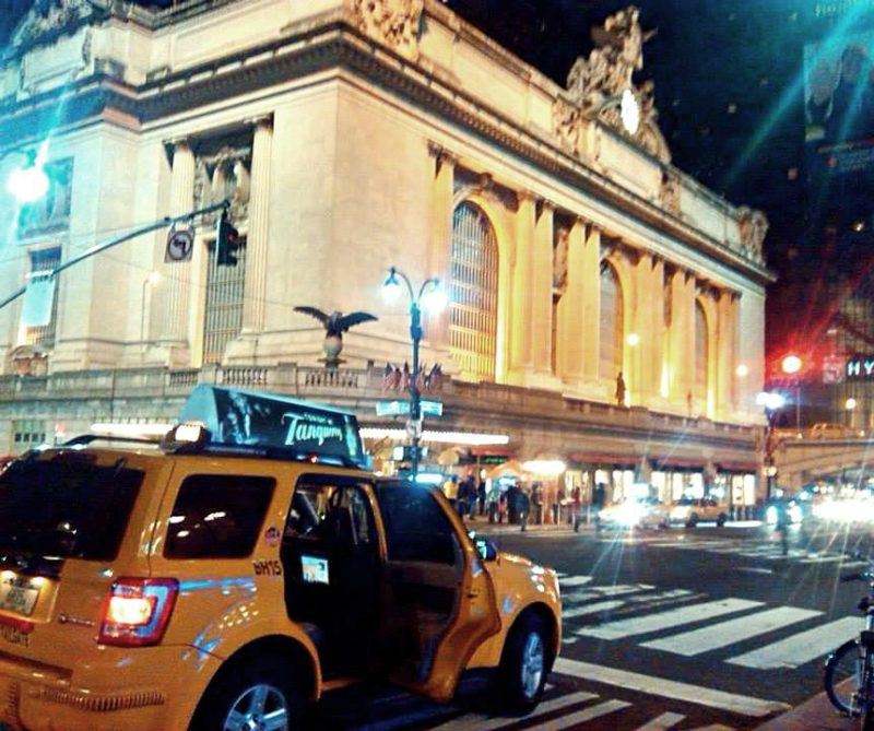 new york cabs at grand central