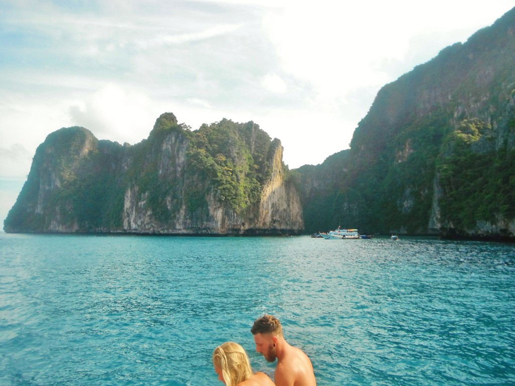 Boat trip around Koh Phi Phi Don