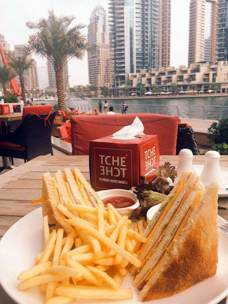 lunch dubai marina
