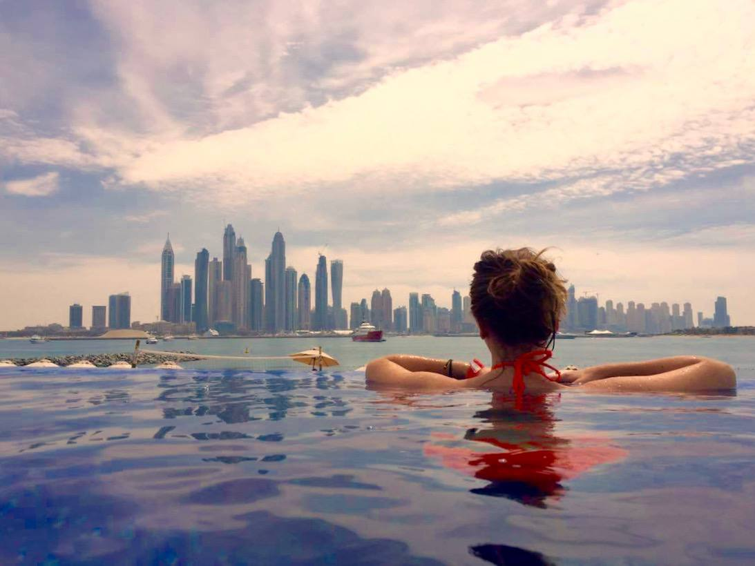 best infinity pool in Dubai on the palm