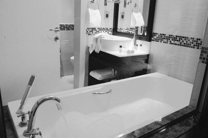 bubble bath in dubai hotel