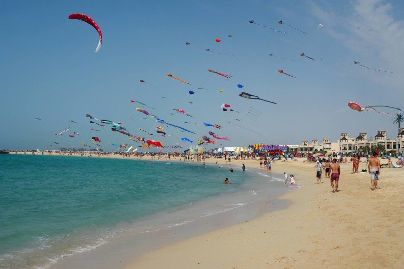 Dubai kite festival beach