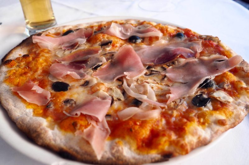 where to eat pizza in rome