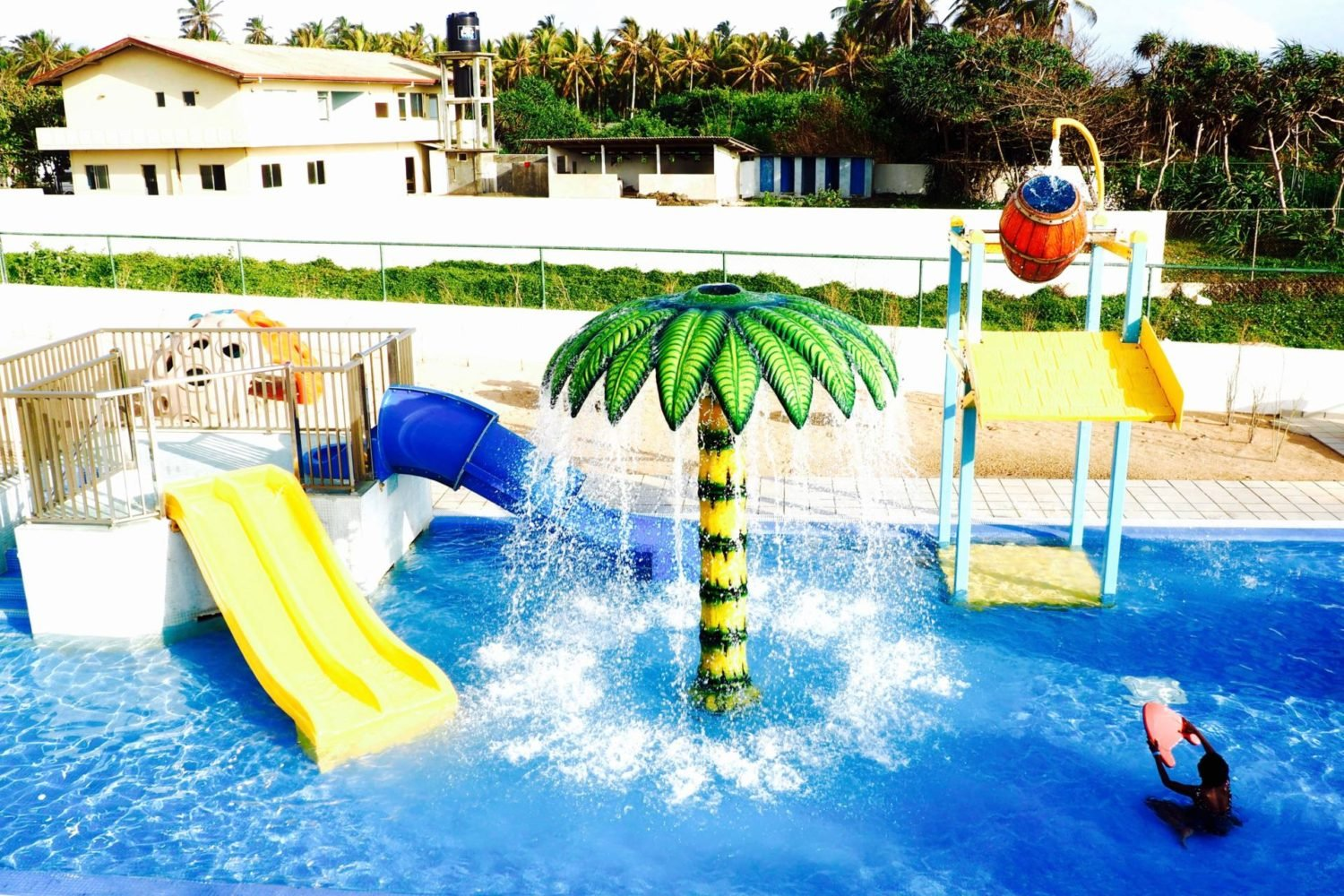 Riu hotel sri lanka review kids pool while i 39 m young Child friendly hotels uk swimming pool