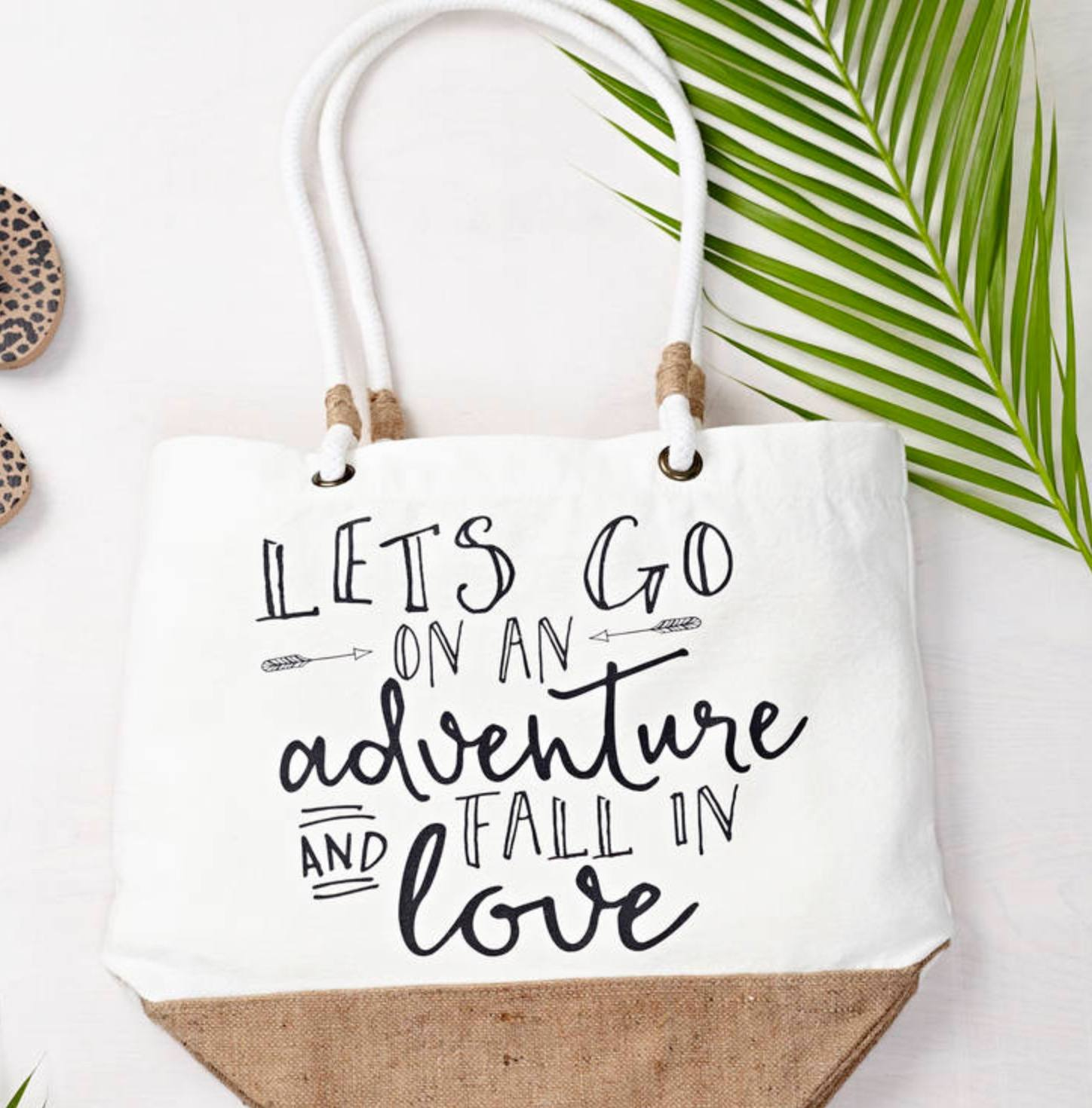 Beach bag with travel quote