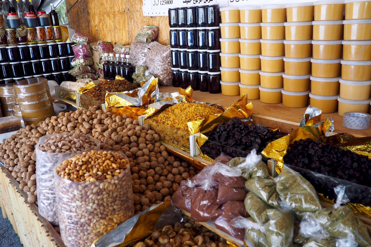 Syrian food stalls in Lebanon