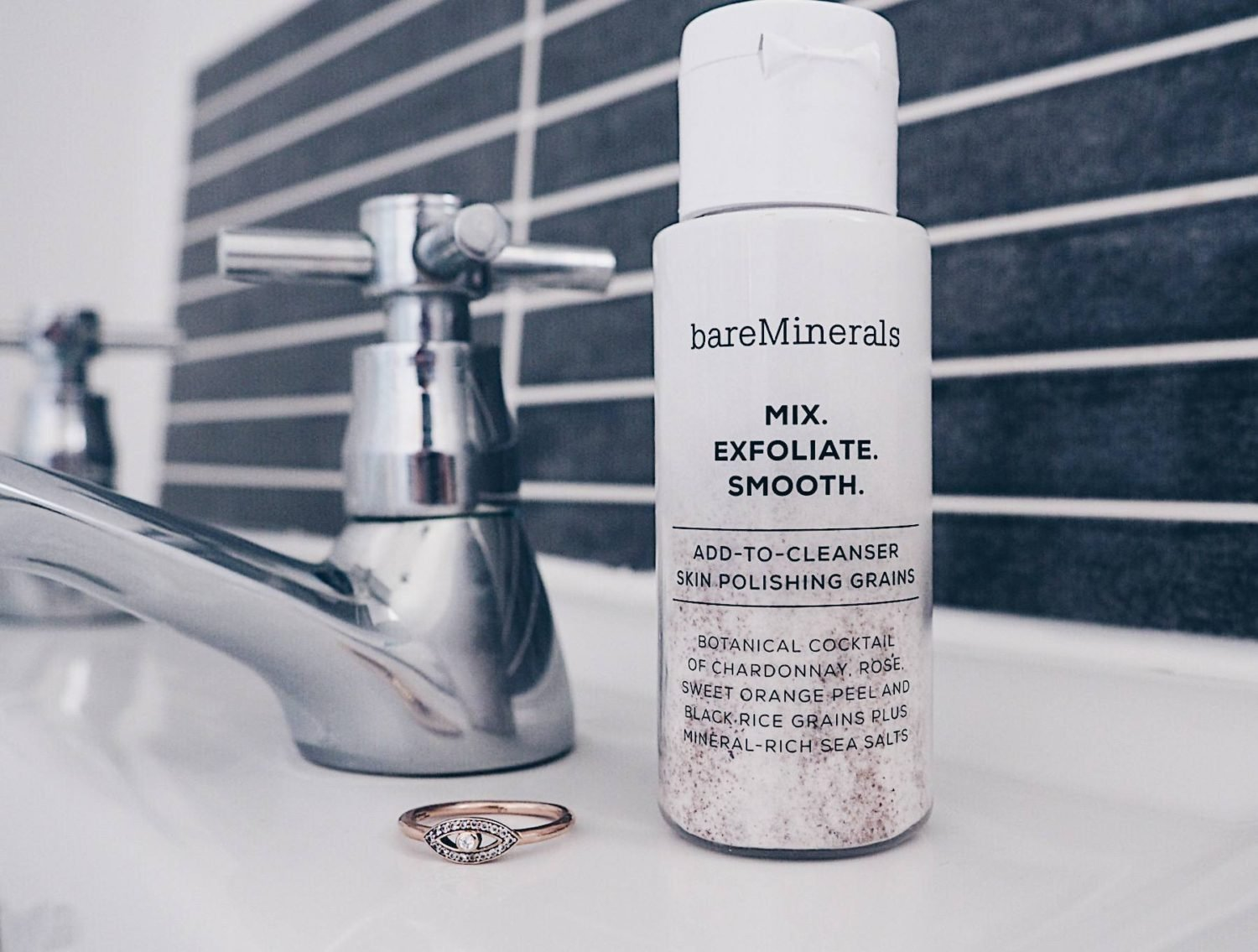BareMinerals mix exfoliate smooth review