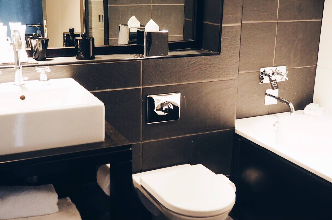 Malmaison Newcastle hotel review: bathrooms in suite