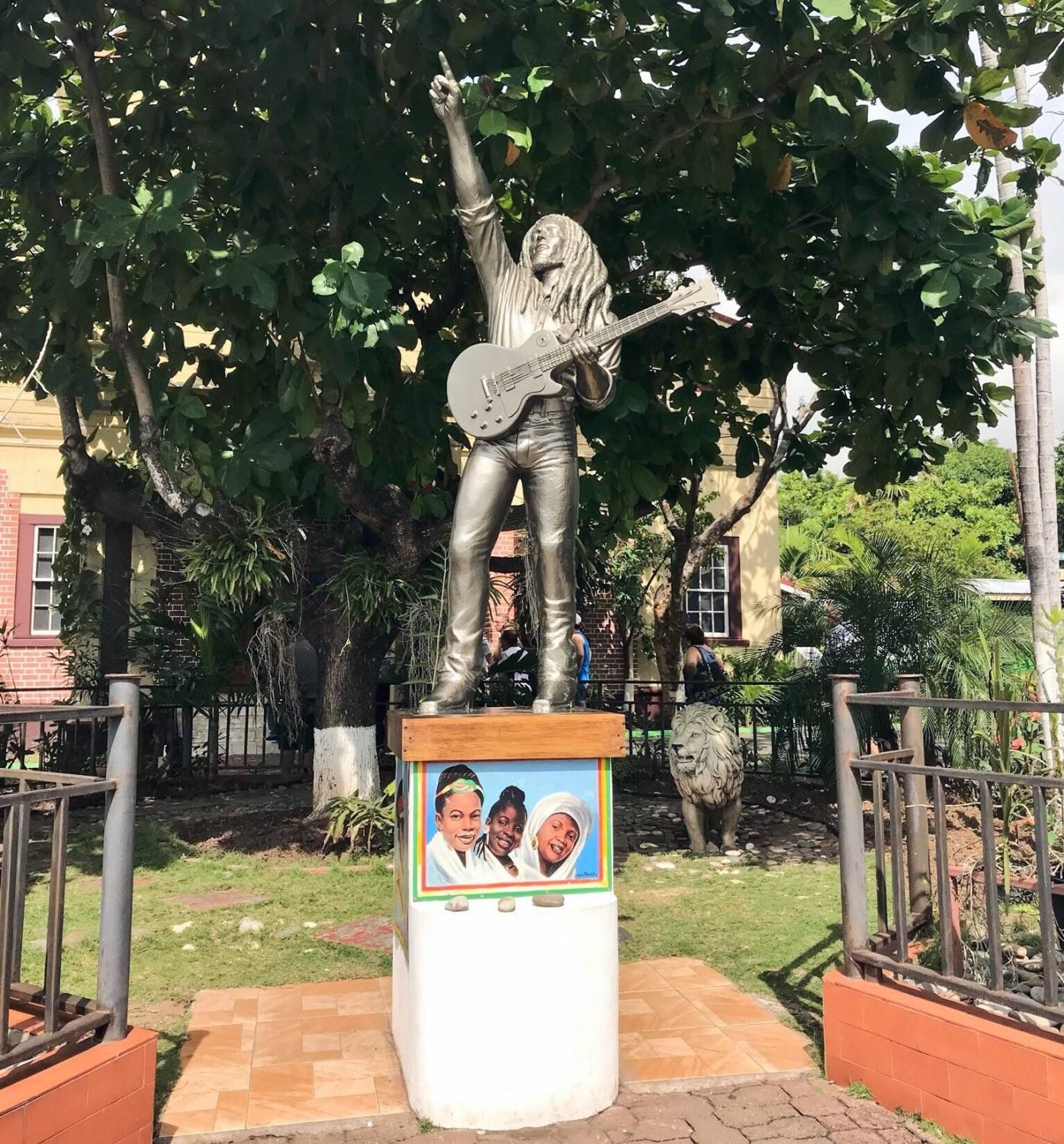 Best things to do in Kingston, Jamaica: Bob Marley Museum tour