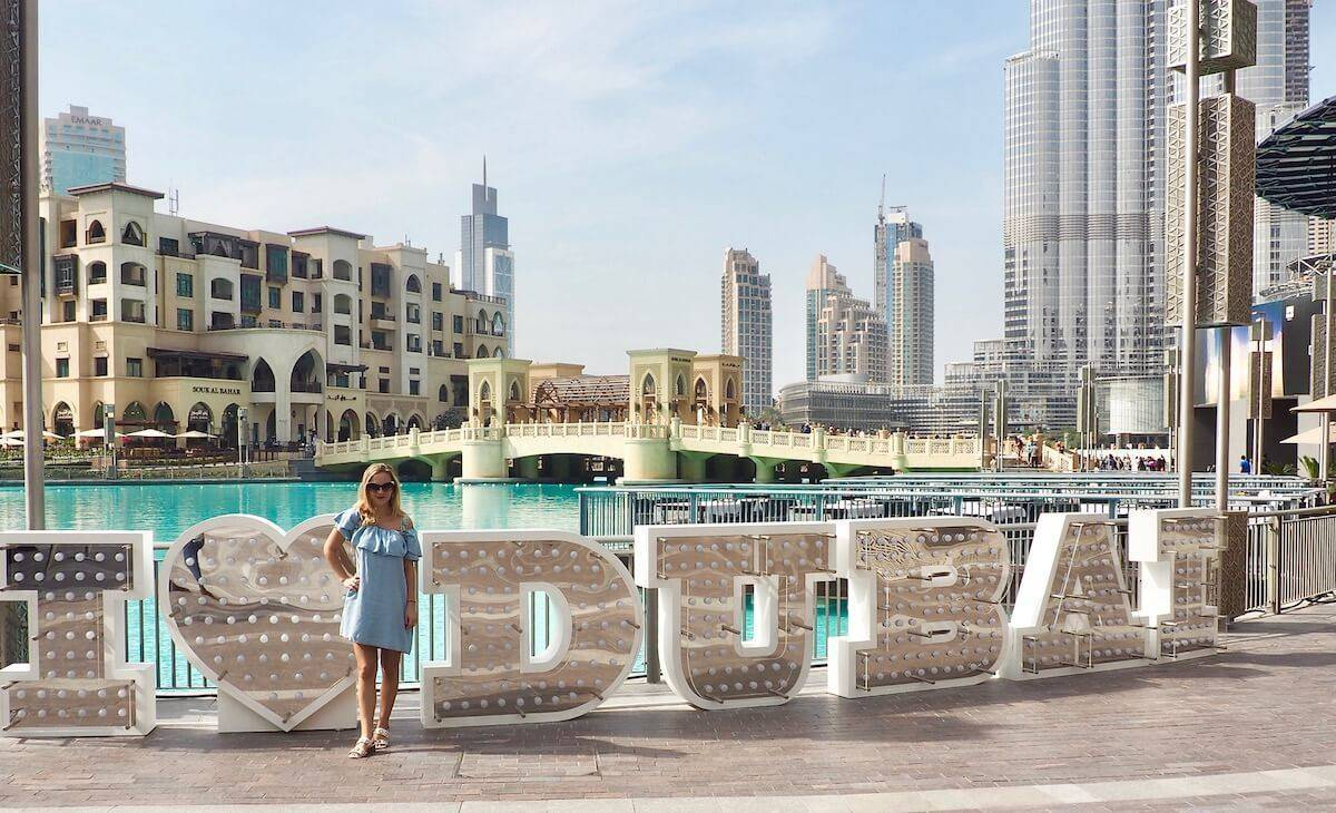 Is it Safe to Visit Dubai as a Single Solo Female? | While I