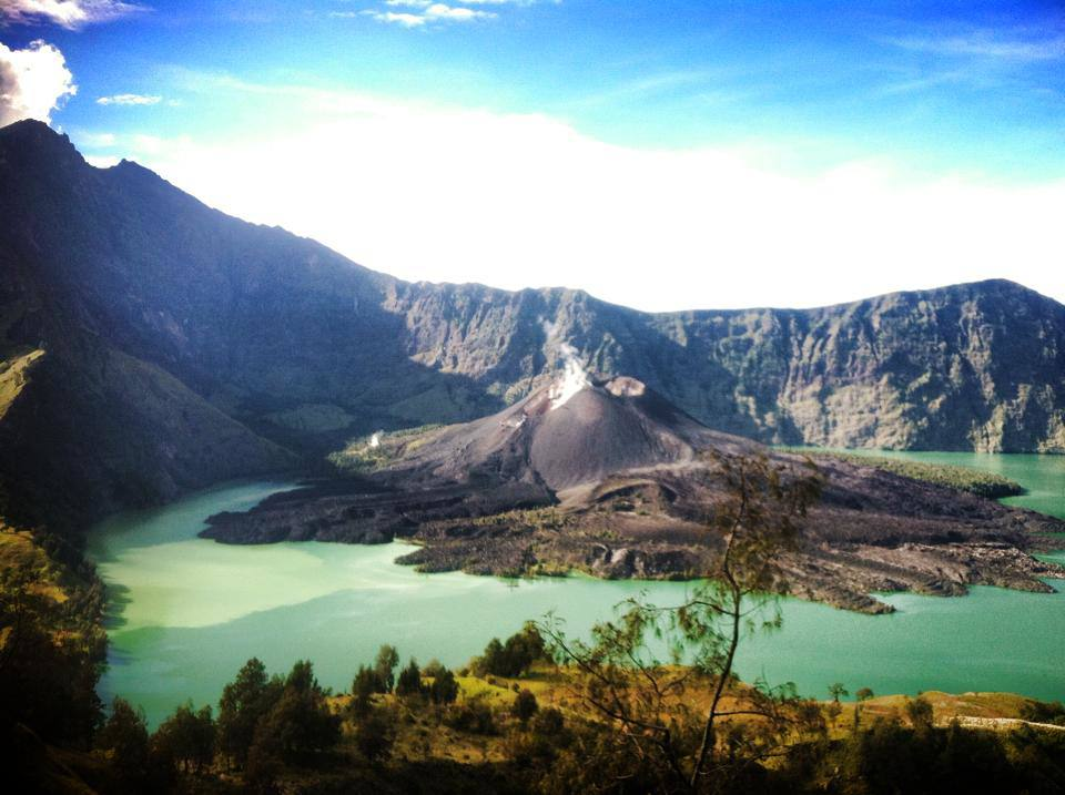 Crater Lake National Park >> Hiking Mount Rinjani - While I'm Young