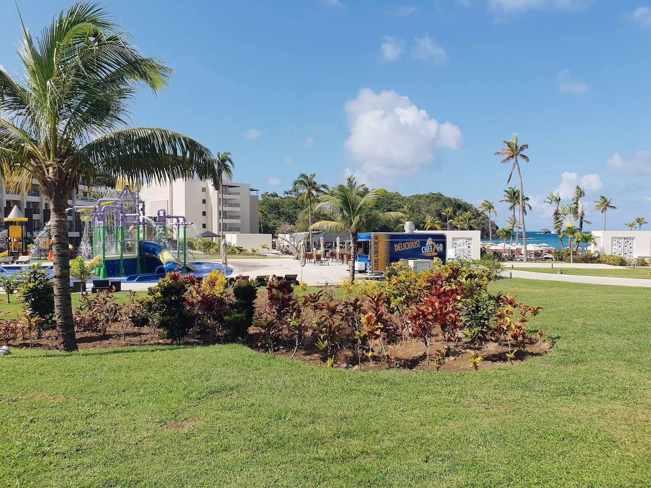 Royalton Saint Lucia hotel grounds