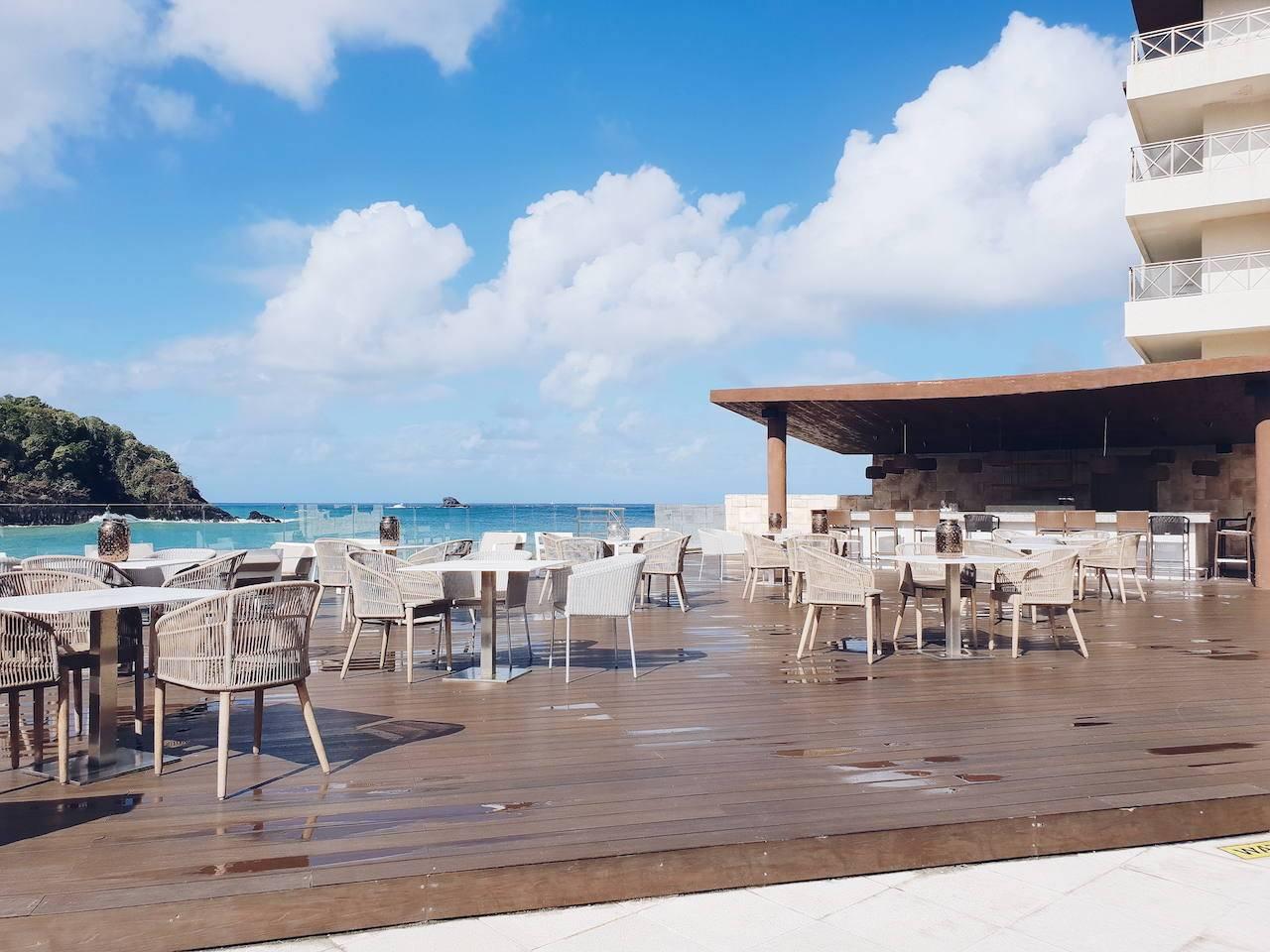 Hideaway bar at Royalton Saint Lucia