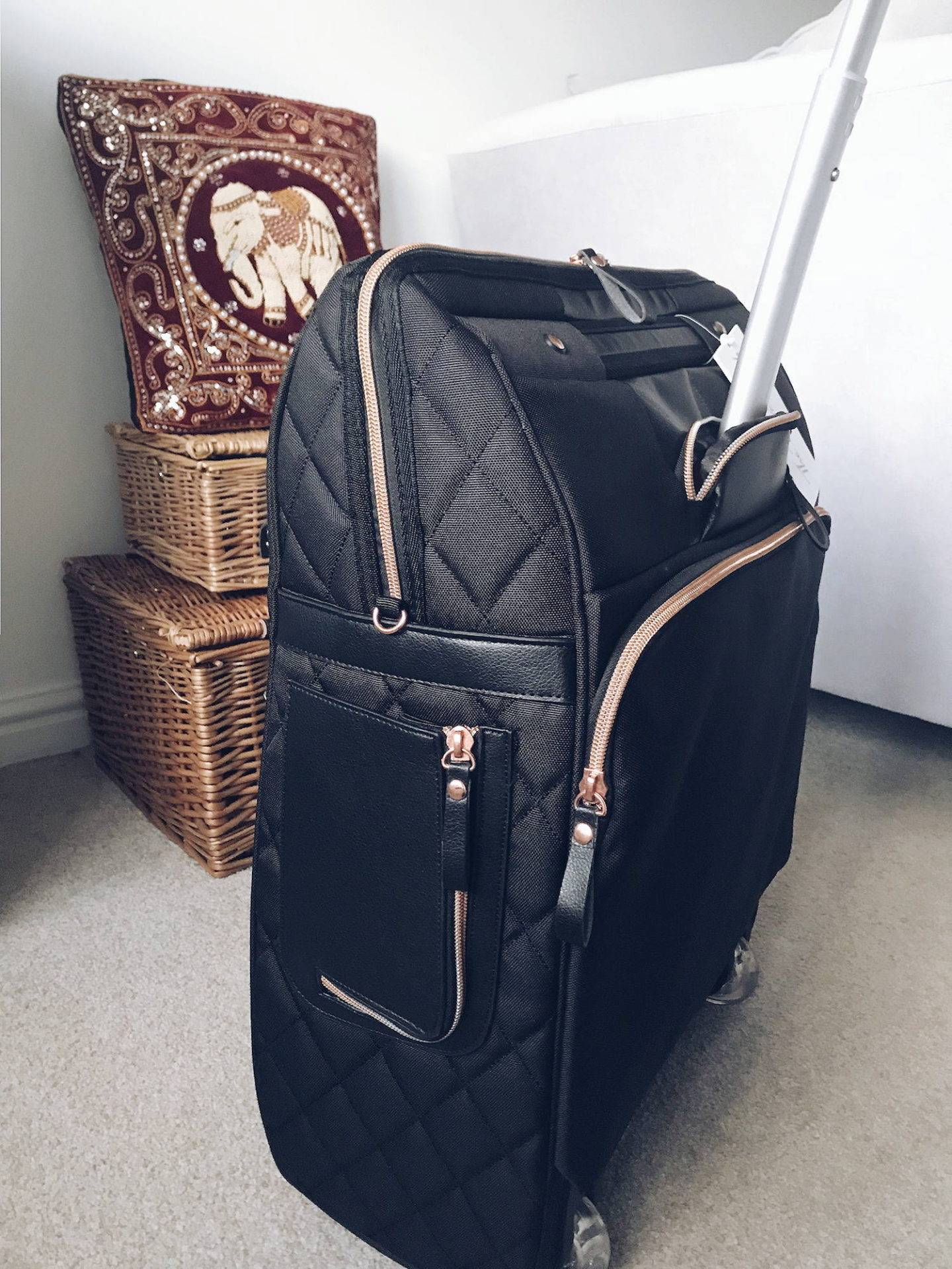 Large ladies carry-on cabin bag for frequent travellers