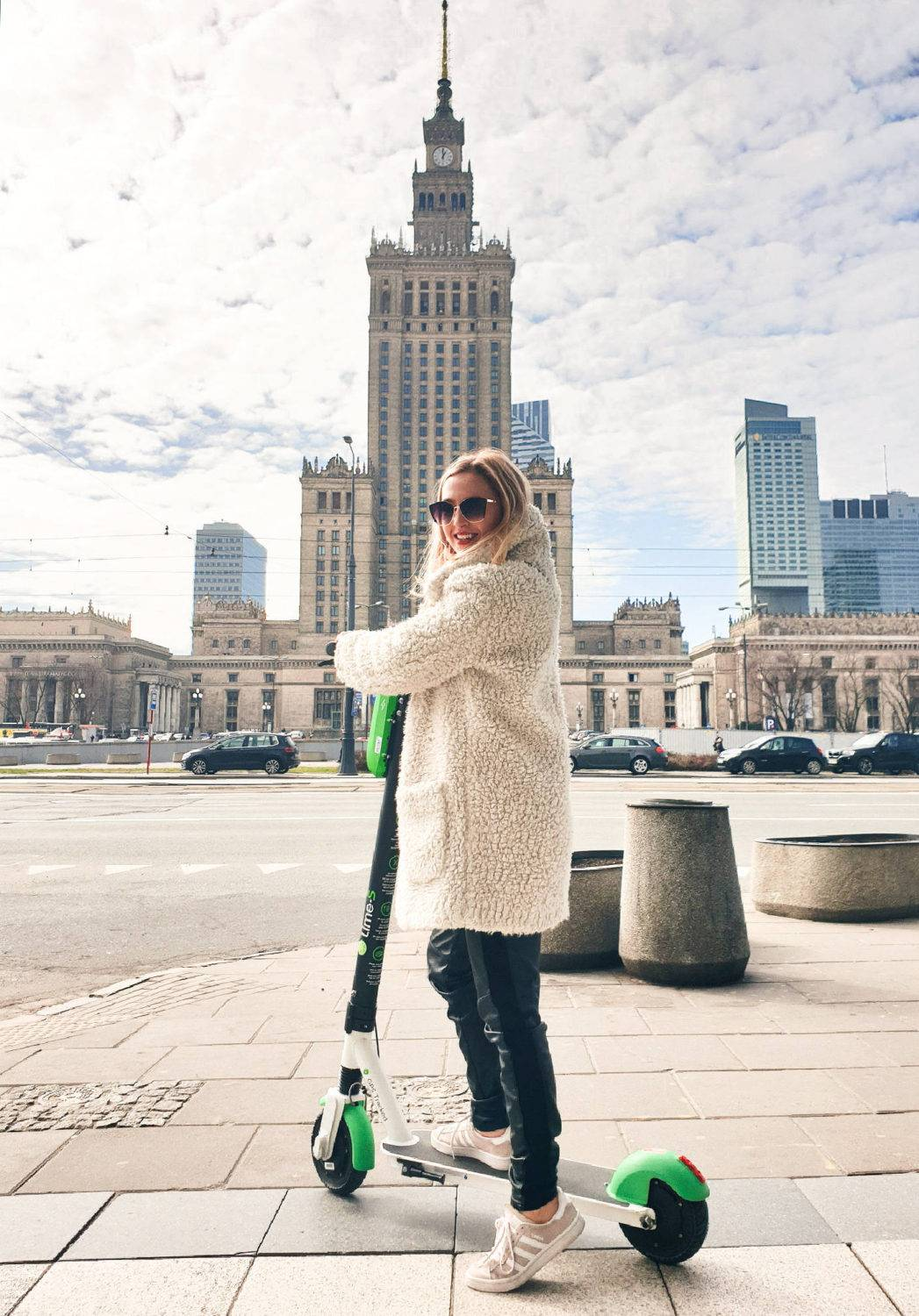How to get around Warsaw: scooter